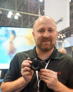 Panasonic's Matt Frazer (Techstination photo by L. Fishkin)